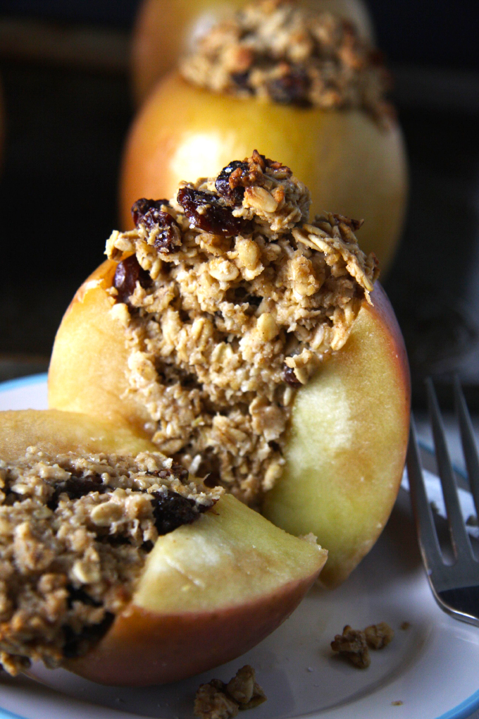 Oatmeal-Raisin-Cookie-Baked-Apples3-copy-2