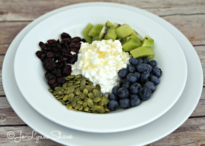 cottage-cheese-with-mixins1-700x500