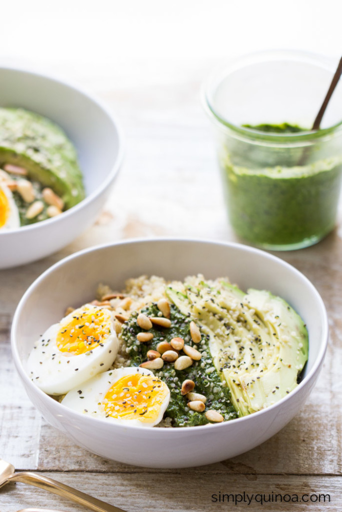 pesto-quinoa-breakfast-bowls-3