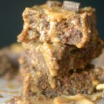 Need a healthy grab n' go breakfast? Make these delicious Paleo Chunky Breakfast Bars for the perfect way to satisfy your early morning appetite! Gluten-free and grain-free too!